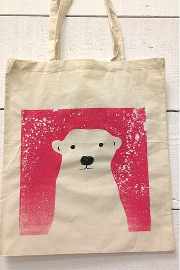 Learn How To Screen Print On Your Own Winter Tote Bag Or