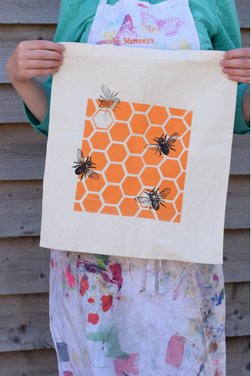 Screen Print a Tote Bag